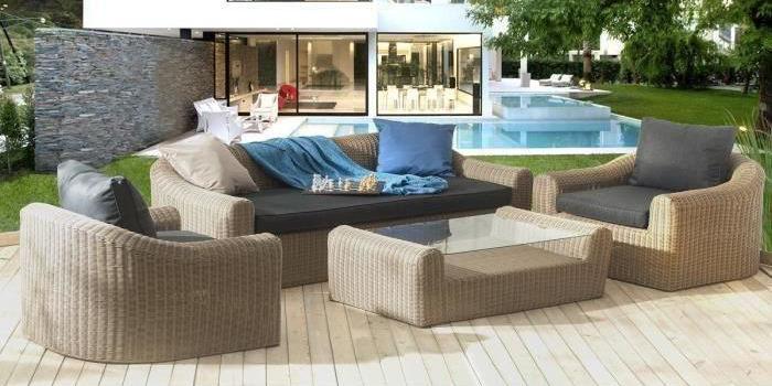 Salon de jardin design avec sofa